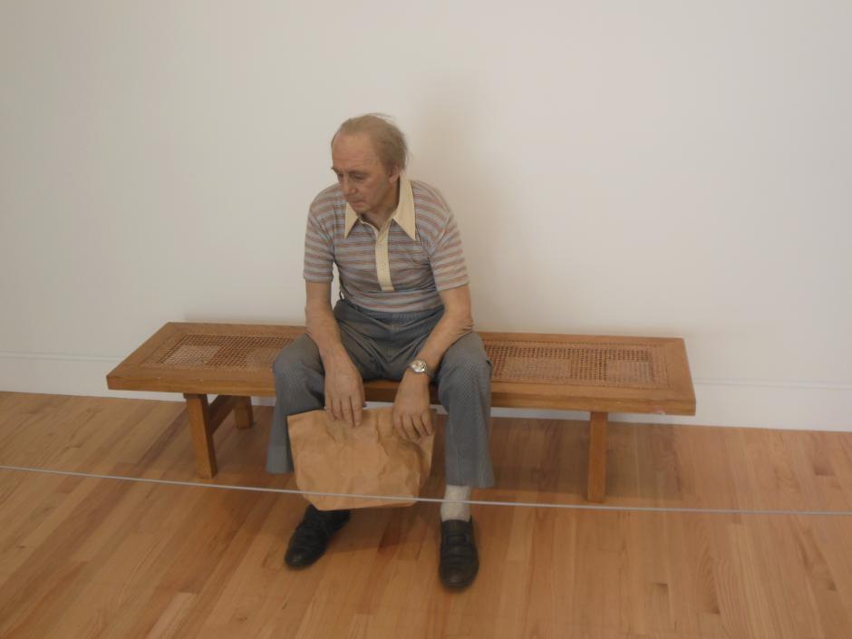"""""""Man on a bench"""" describe muchas sensaciones acerca de la cultura estadounidense. (Foto: ckeh.wordpress)"""