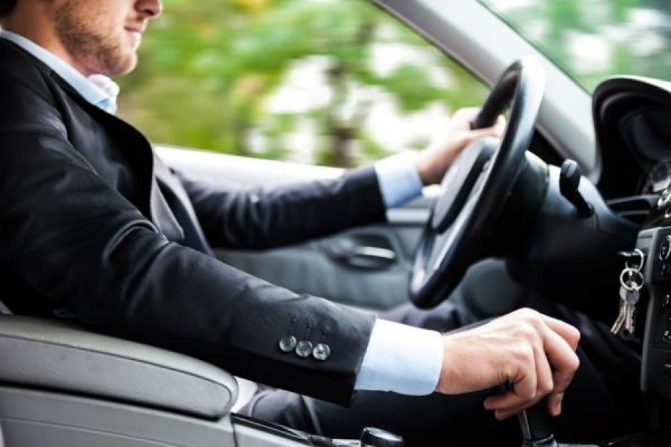 No debes olvidar el uso del cinturón de seguridad. (Foto: Infobae)