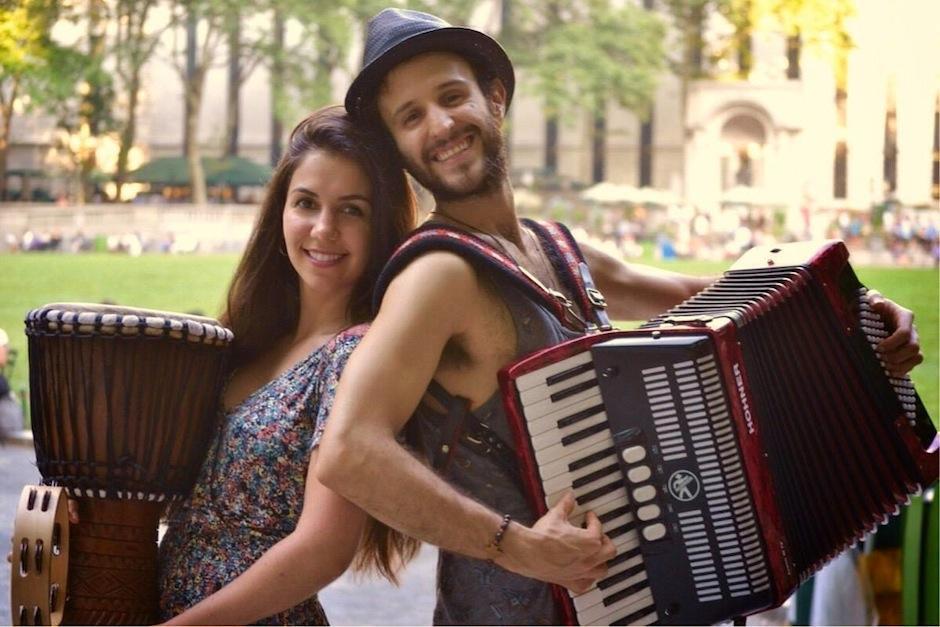 El dúo guatemalteco Manguito ganó un concurso de canto en Madrid. (Foto: Manguito)