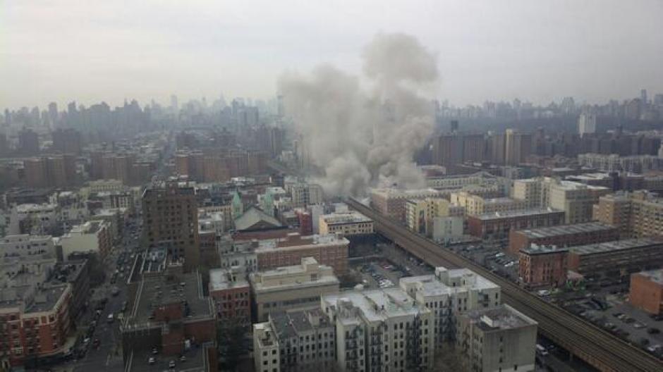 Se desconoce el origen de la explosión se presume que fue una fuga de gas. (Foto: Twitter)