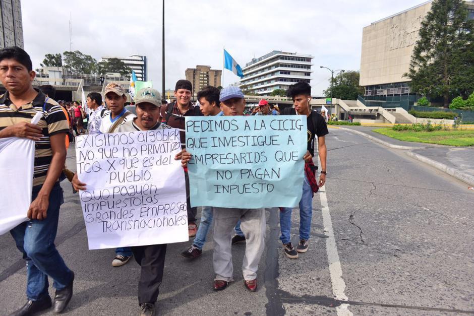 Los inconformes piden al gobierno que se elimine la exoneración de impuestos a varias empresas. (Foto: Jesús Alfonso/Soy502)
