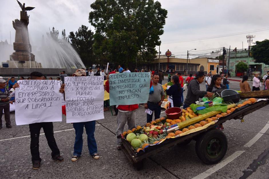 Manifestantes de Codeca bloquean cuatro accesos a la capital. (Foto: Jesús Alfonso/Soy502)