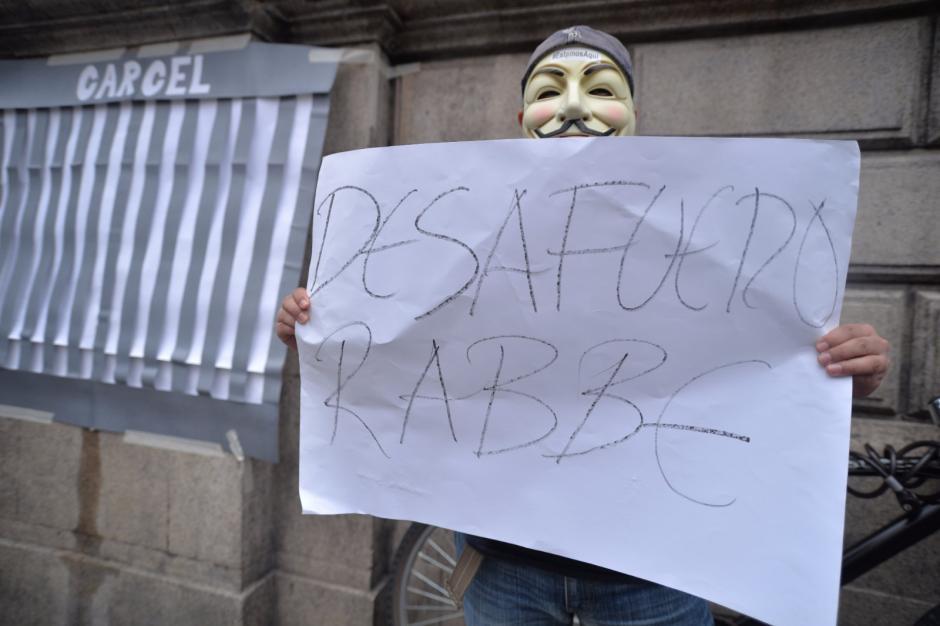 Varios ciudadanos manifestaron en el Congreso. (Foto: Wilder López/Soy502)