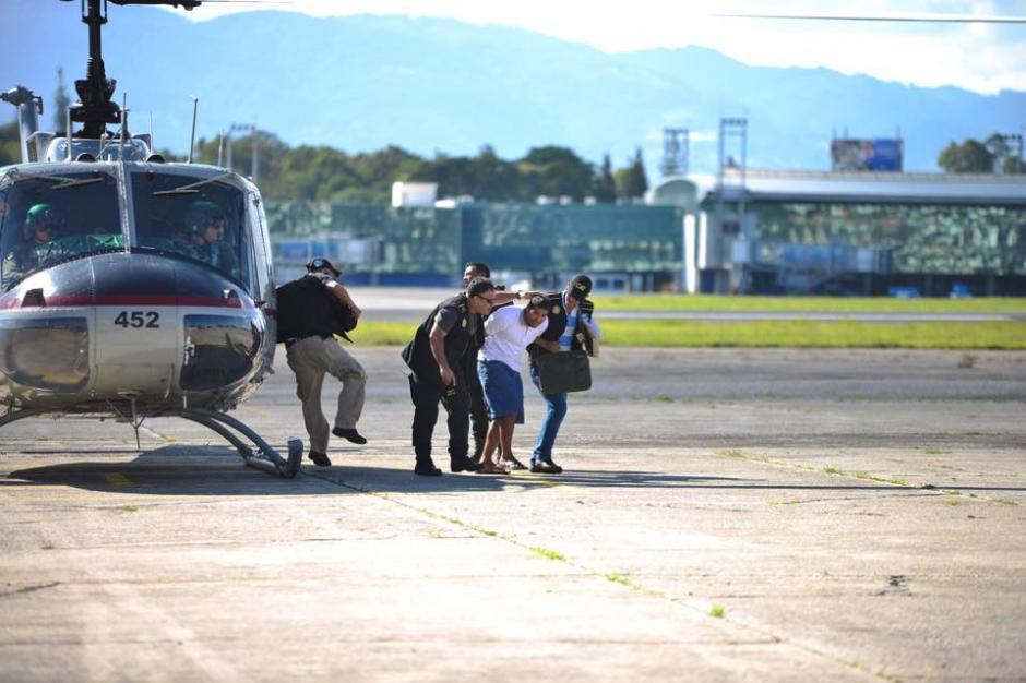 Luego de su llegada a la ciudad capital fue trasladado a Torre de Tribunales para hacerle saber el motivo de su detención. (Foto: Jesús Alfonso/Soy502)