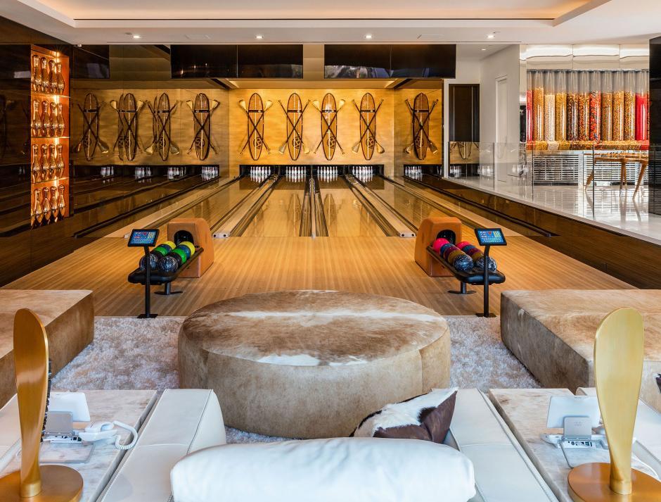 La residencia cuenta con su propia pista de boliche. (Foto: BAM Luxury Development)