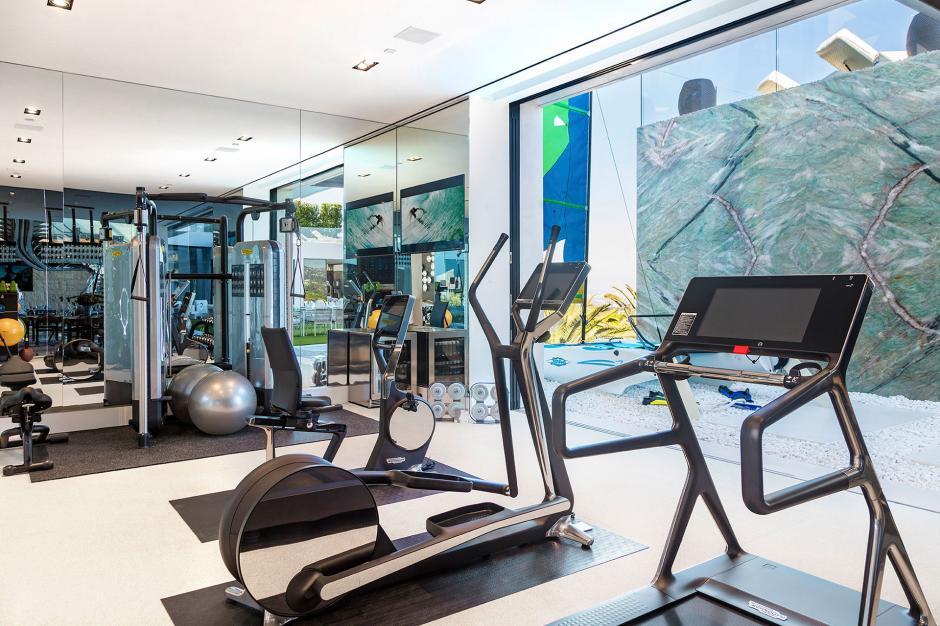 Un gimnasio no podía hacer falta en una casa como esta. (Foto: BAM Luxury Development)