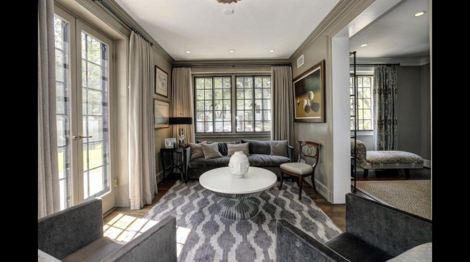 Esta es una de las salas de la mansión que ocuparán los Obama. (Foto: MRIS)