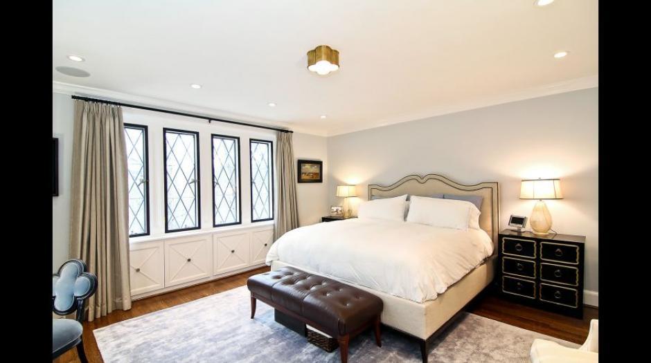 Este es uno de los nueve dormitorios que contiene la mansión. (Foto: MRIS)