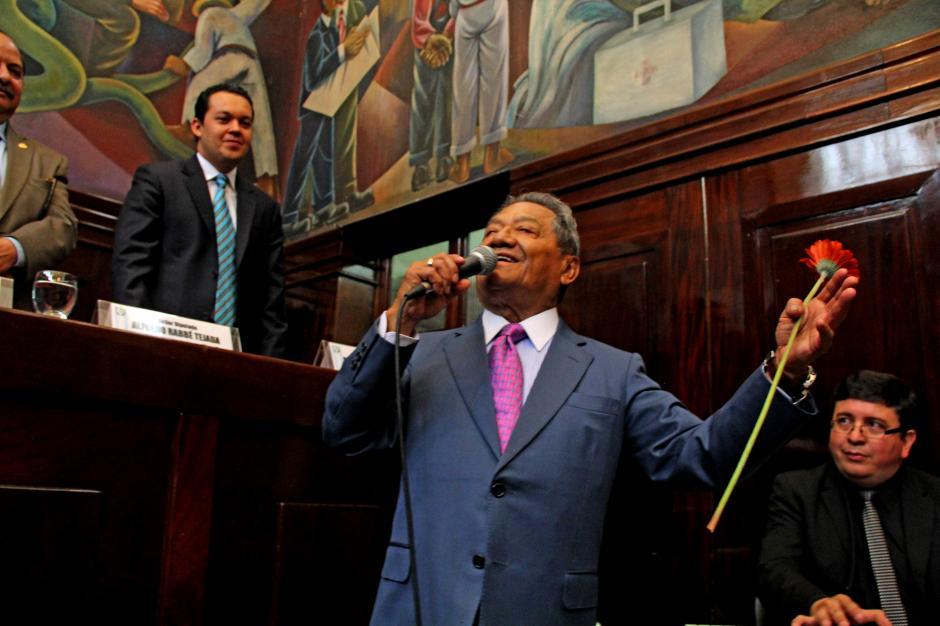 El cantautor mexicano defiende los derechos de los creadores Guatemaltecos. (Foto: Esteban Biba/Soy502)