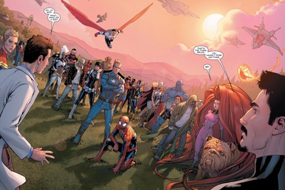 Al salir del laboratorio de Banner se descubre que estos no iban solos, sino que llevaban a todos los superhéroes. (Foto: codigoespagueti.com)
