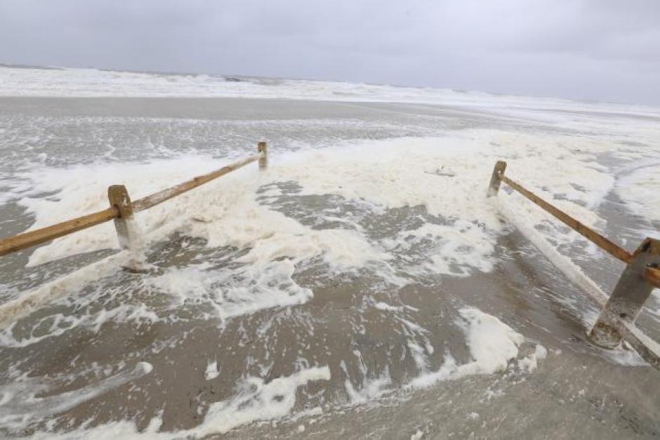 El mar llega a la tierra en Sea Isle City, Nueva Jersey. (Foto: noticias.univision.com)