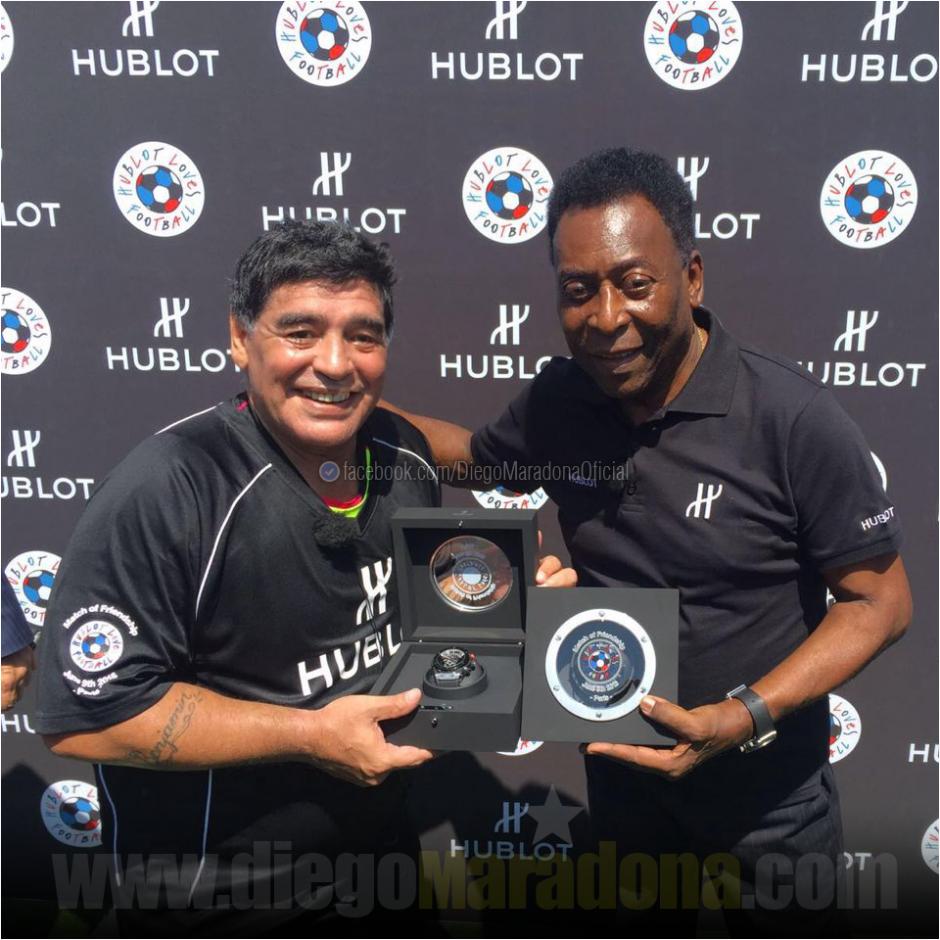 La actividad fue propiciada por la marca de relojes que patrocina a ambos. (Foto: Facebook/Diego Maradona)