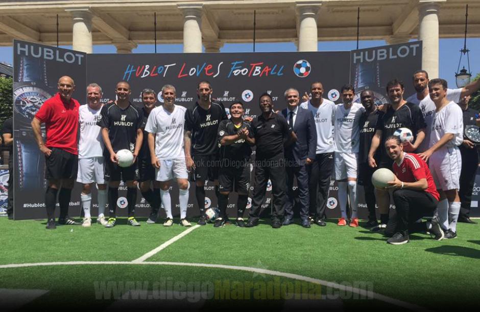 En la actividad participaron otras estrellas del fútbol. (Foto: Facebook/Diego Maradona)