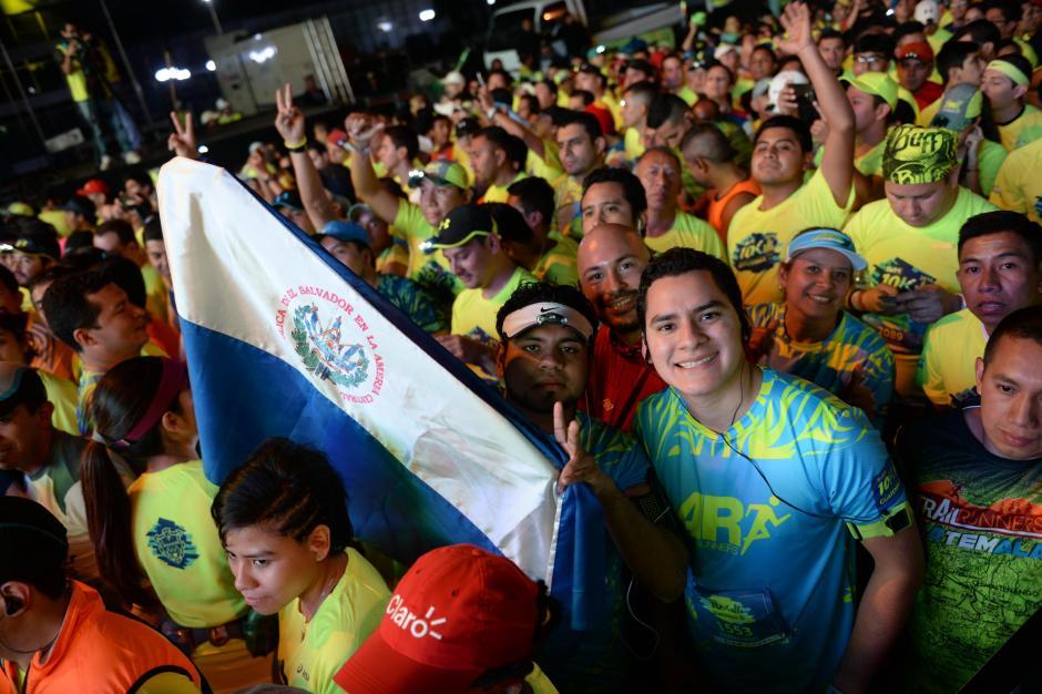 Decenas de salvadoreños dijeron presente en la 10k de la ciudad. (Foto: Salvador Revolorio/Nuestro Diario)