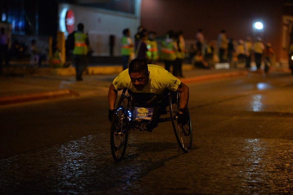 Participantes de la categoría de capacidades especiales en acción. (Foto: Wilder López/Soy502)