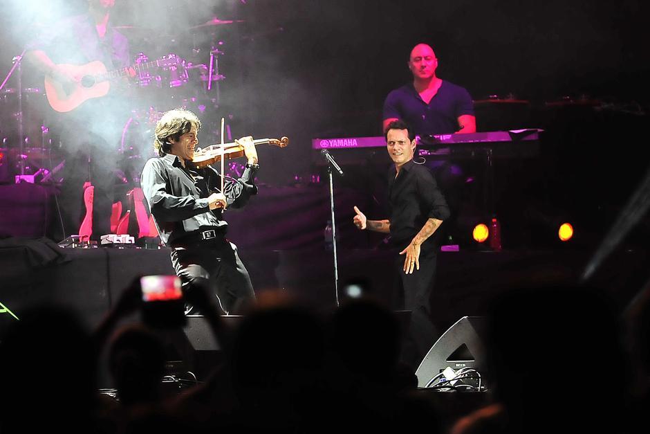 El salsero fue acompañado por un séquito de músicos de talla mundial. (Foto: Soy502)