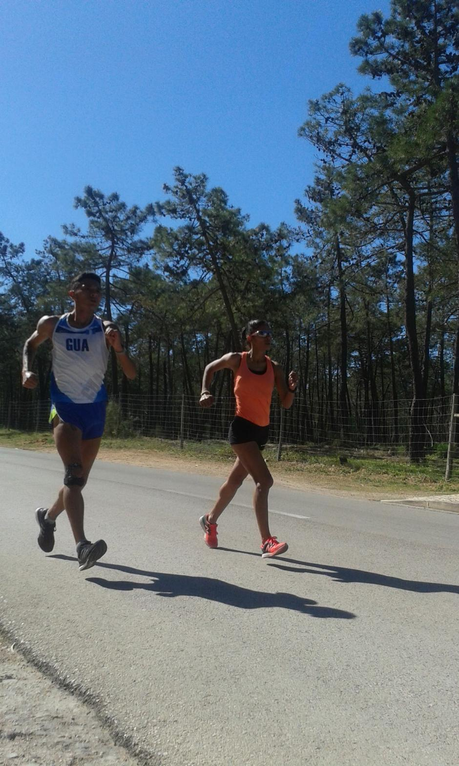 Quiyuch y Ortiz realizando trabajos físicos en Portugal. (Foto: Facebook)