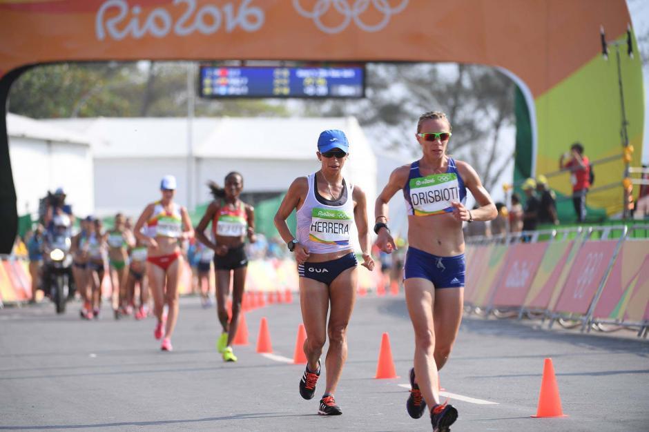 Mayra Herrera fue descalificada antes del kilómetro ocho de la prueba. (Foto: Aldo Martínez/Enviado de Nuestro Diario)