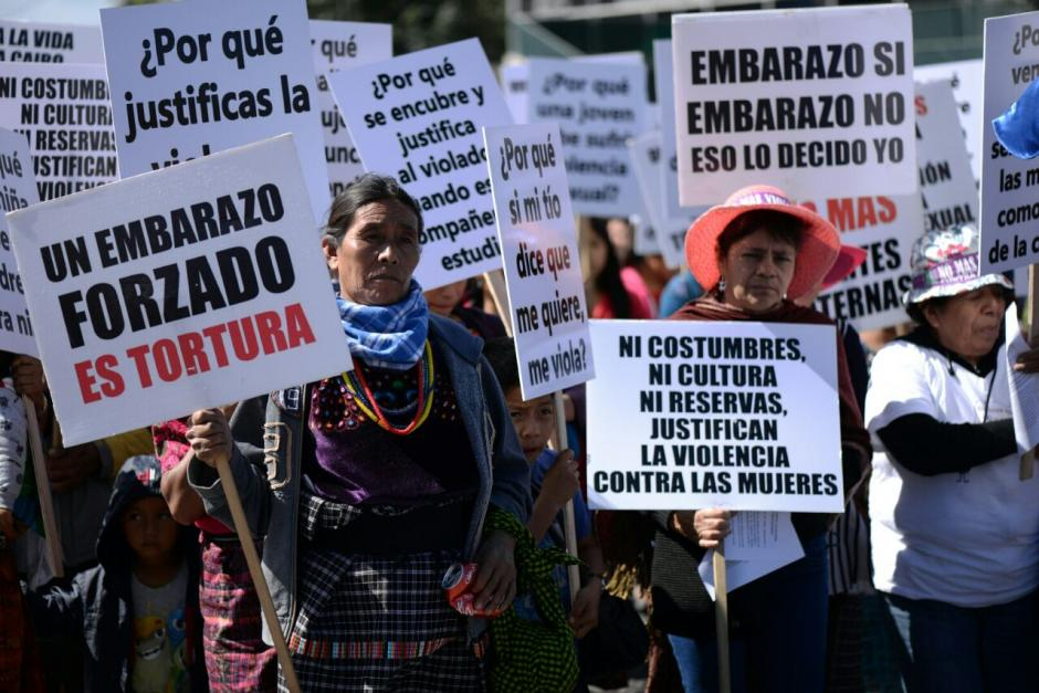 Las mujeres también pidieron que se respeten sus derechos y la defensa del territorio. (Foto: Wilder López/ Soy502)