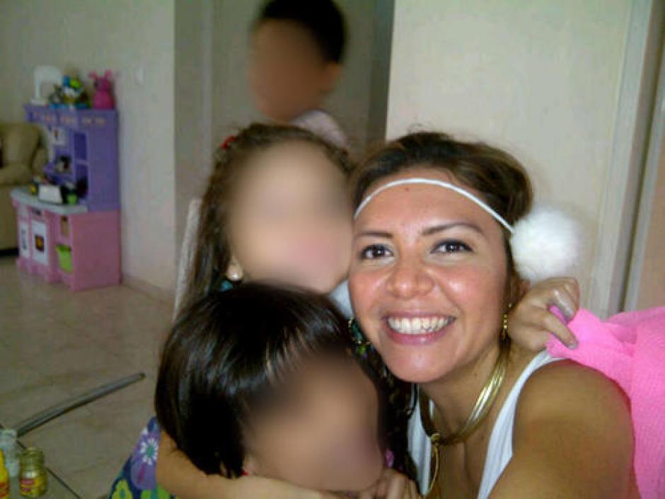 Meléndez convivio con los hijos de Cristina Siekavizza en su permanencia en México. (Foto: Archivo/Soy502)