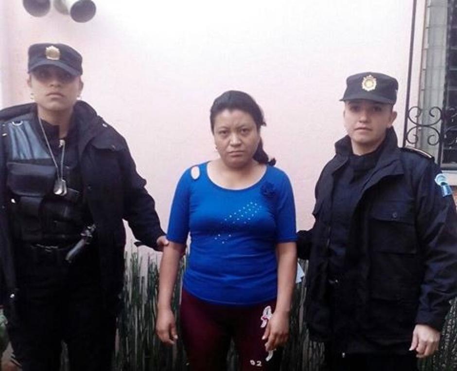 María Saquic de 30 años fue detenida durante los allanamientos. (Foto: PNC)
