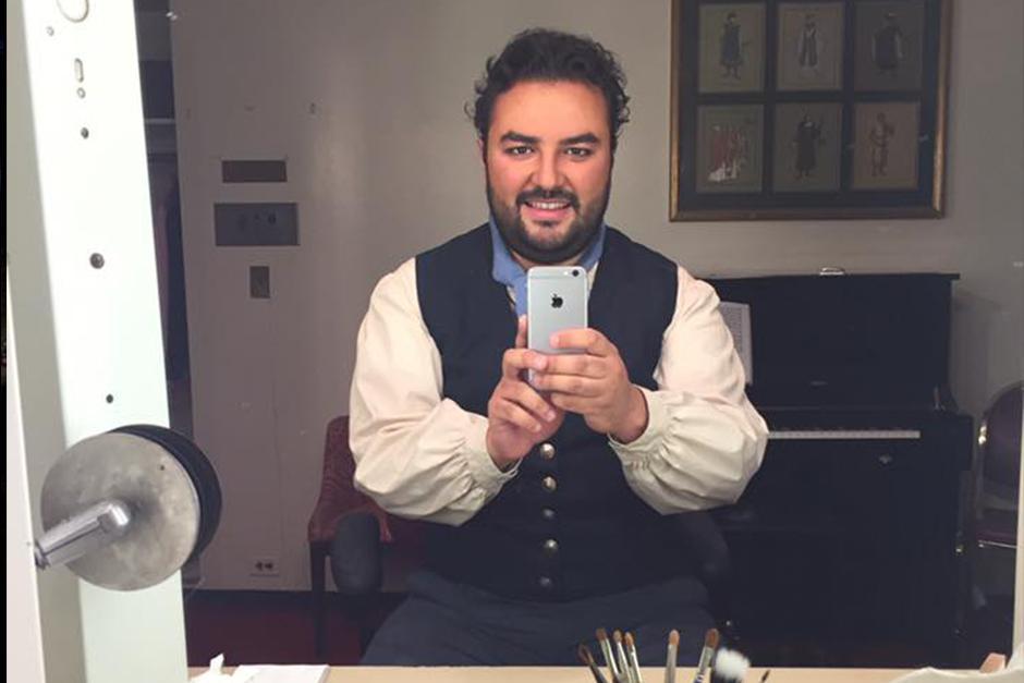 """Mario Chang interpretó en la obra: """"El elixir del amor"""". (Foto: Facebook)"""
