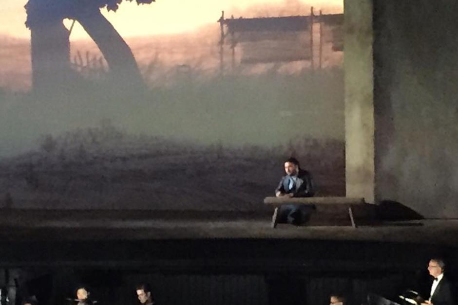 """La obra se lleva a cabo en el mítico """"The Metropolitan Opera House"""". (Foto: Facebook)"""