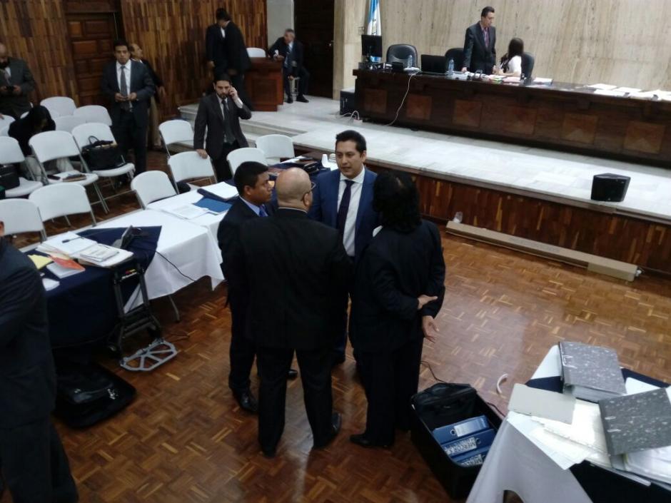 Durante poco más de dos horas habló Cano. (Foto: Alejandro Balan/Soy502)