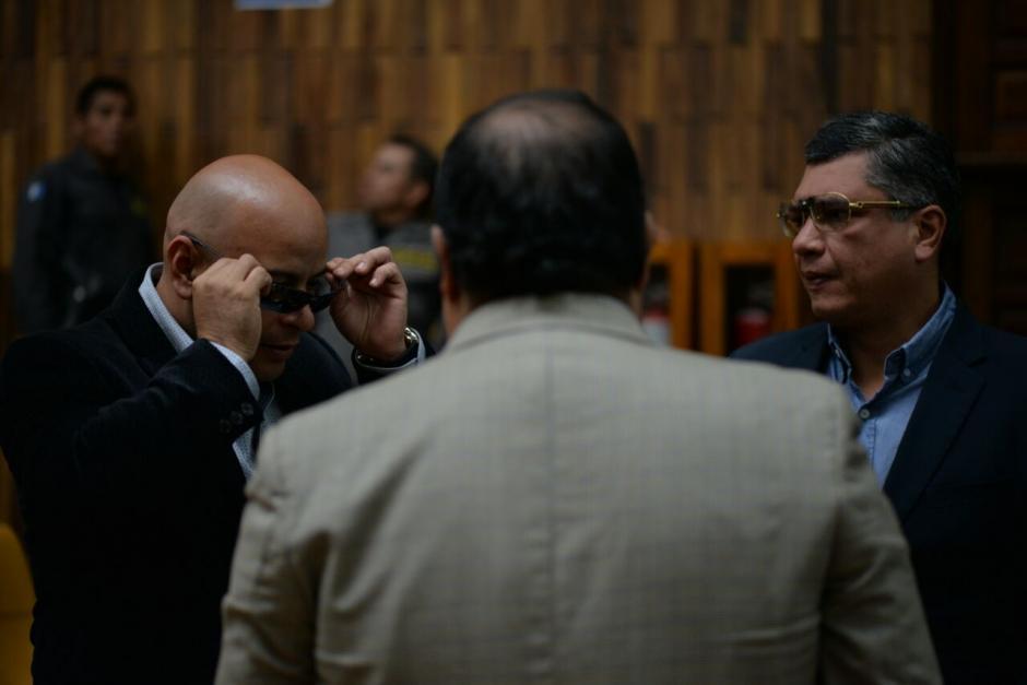 Los nuevos lentes causaron sensación en la Sala de Vistas. (Foto: Wilder López/Soy502)