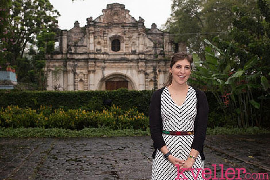 La actriz Mayim Bialik estuvo en Guatemala en el año 2014. (foto: Mayin Bialik)