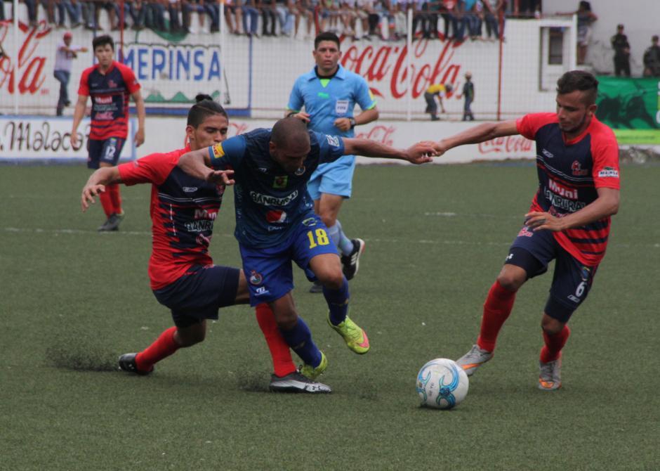 Malacateco hizo su partido y ganó tres puntos vitales para seguir en la pelea por no descender. (Foto: Prensa Municipal)
