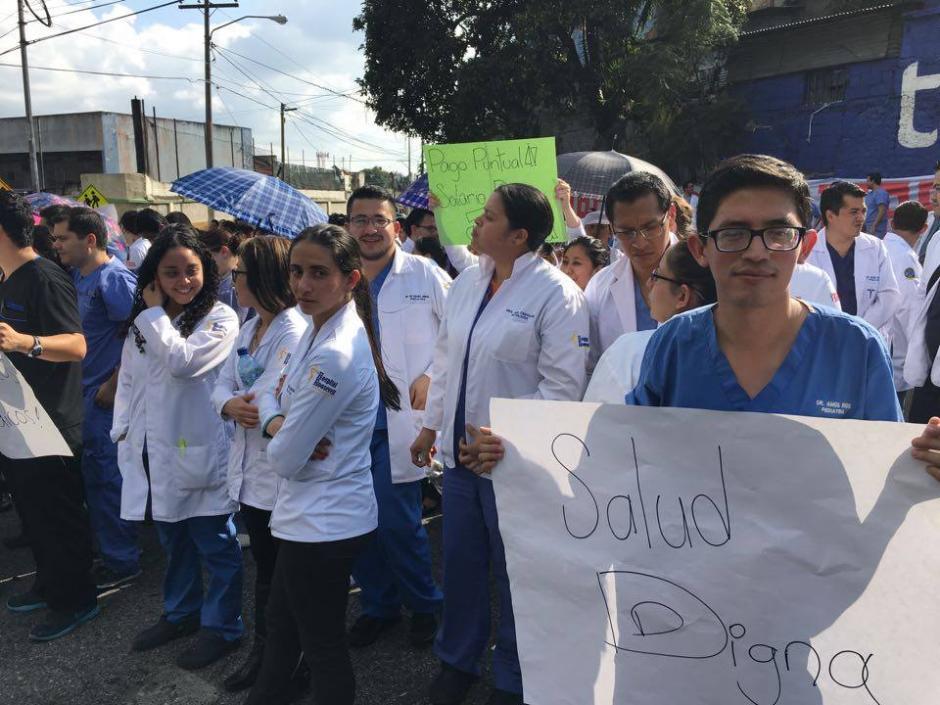 Los médicos residentes piden pagos puntuales a las nuevas autoridades. (Foto: Luis Barrios/Soy502)