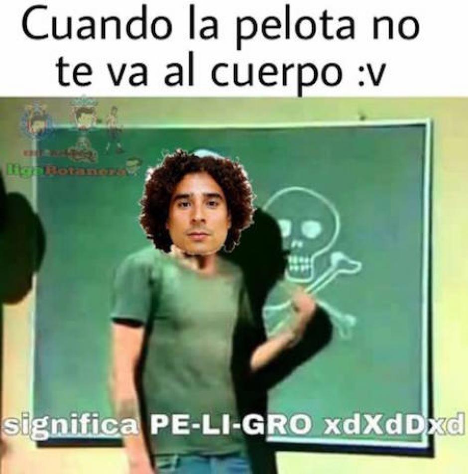 Guillermo Ochoa no se salvó de los memes. (Foto: Twitter)
