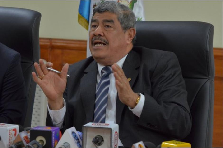 Carlos Mencos el actual contralor de cuentas fue vinculado a Juan Carlos Monzón. (Foto: Archivo/Soy502)