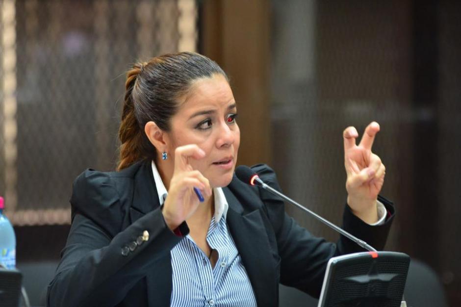 Claudia Méndez ex intendente de aduanas concluyó su declaración en la audiencia por el caso La Línea. (Foto: Jesús Alfonso/Soy502)