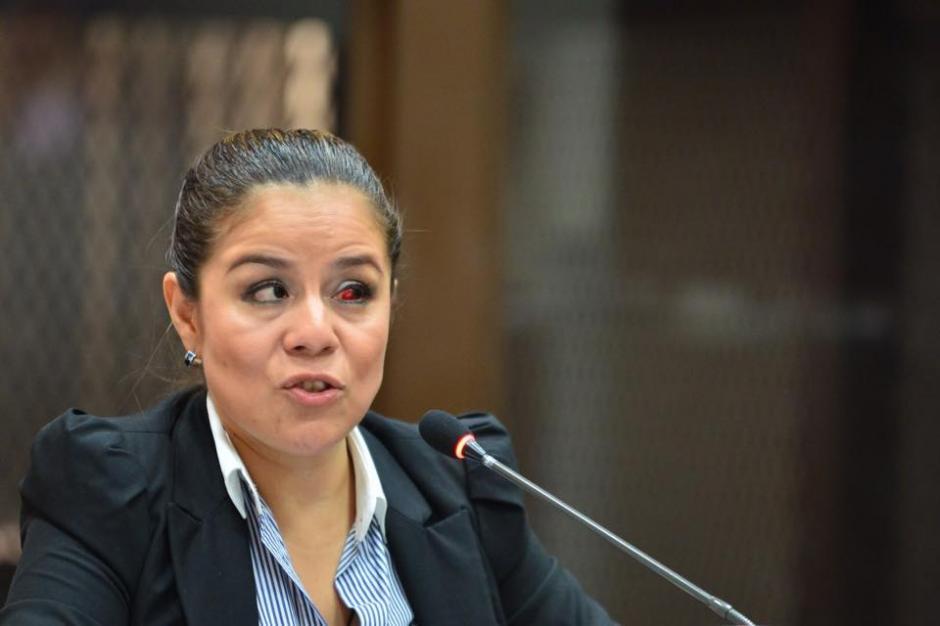 El aspecto físico de Claudia Méndez denotaba cansancio y una hemorragia en el ojo izquierdo. (Foto: Jesús Alfonso/Soy502)