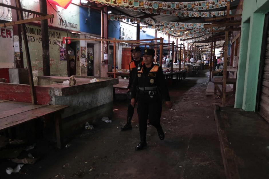 Los locatarios tomaron la decisión de cerrar los comercios durante tres días. (Foto: Manuel Castillo/Nuestro Diario)