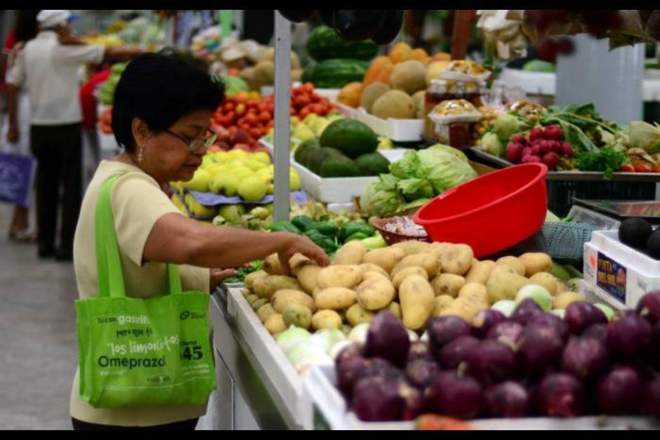 Uno de los impuestos sería directamente para el consumidor final. (Foto: Archivo/Soy502)