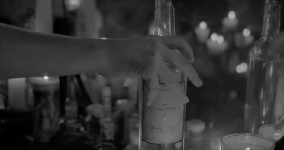 La cantautora presenta su sencillo Sangre Negra. (Imagen: captura de YouTube)