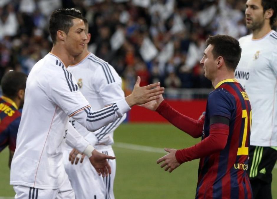 Durante muchos clásicos Messi y CR7 se saludan y respetan mutuamente. (Foto: Twitter)