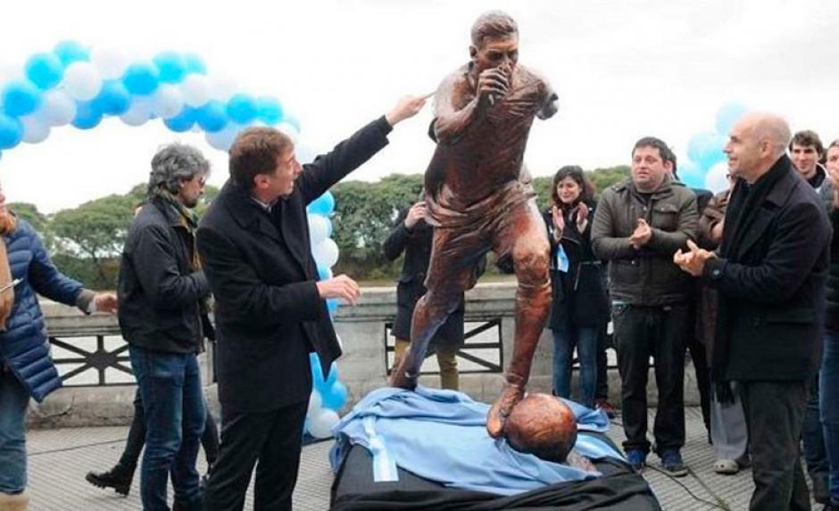 El monumento a Messi está ubicado en el Paseo de la Gloria. (Foto: Twitter)