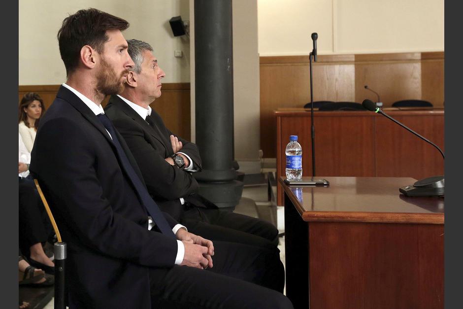 Lionel Messi y su padre fueron condenados a 21 meses de prisión por defraudación. (Foto: EFE)