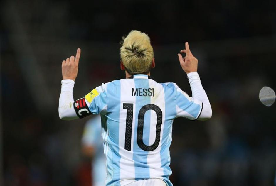 Messi se tiñó el pelo luego de la derrota sufrida en la Copa América. (Foto: EFE)