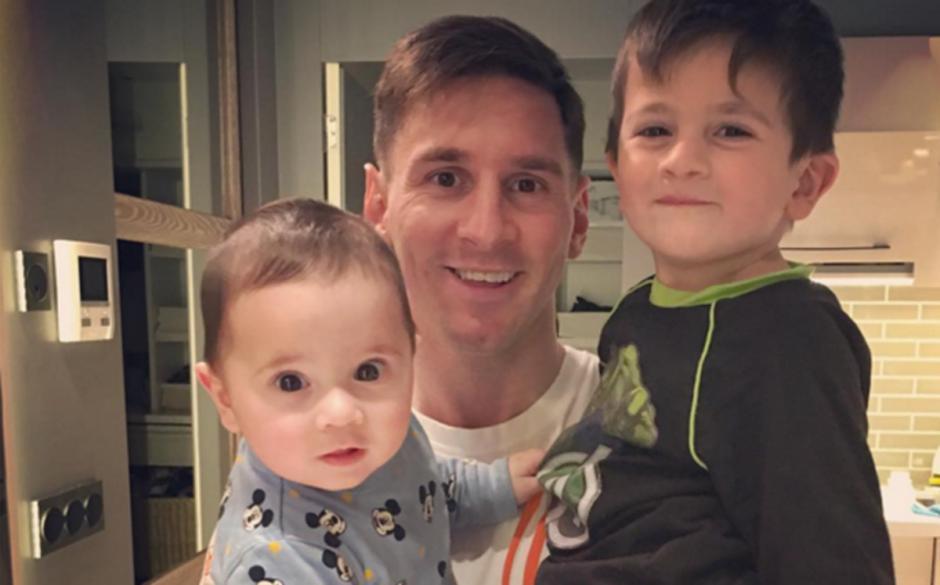 """Thiago y Mateo son los hijos del """"crack"""" argentino del FC Barcelona. (Foto: sport.es)"""