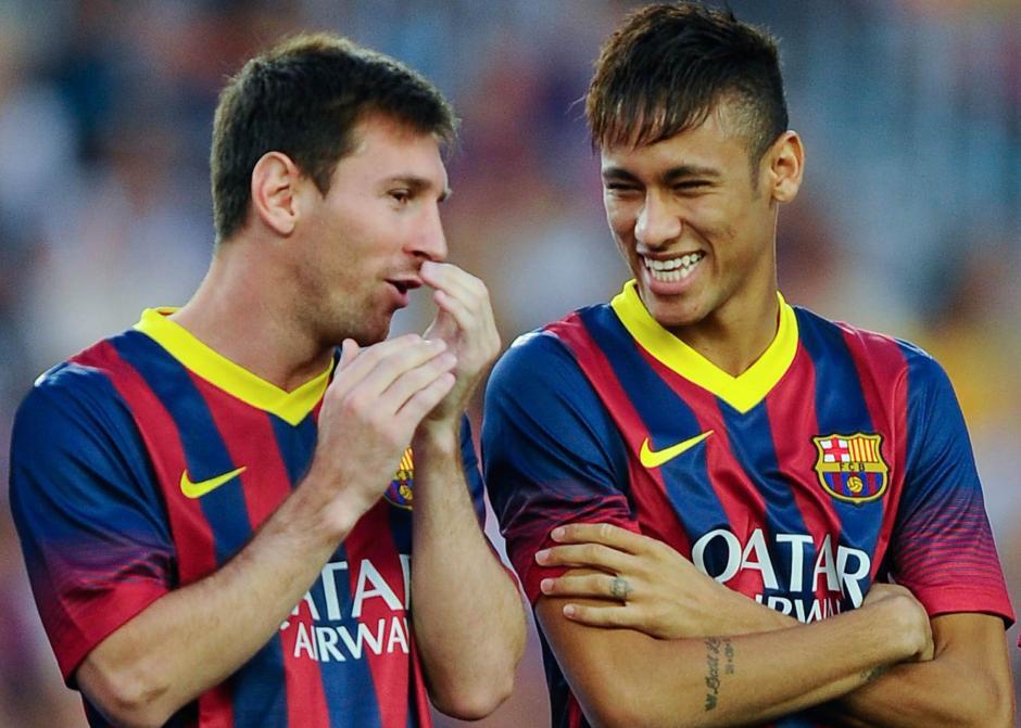 Neymar y Messi toman la misma marca de vino. (Foto: Twitter)