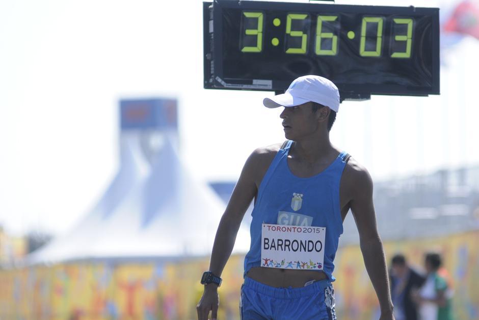 Erick Barrondo tras cruzar la meta en Toronto 2015