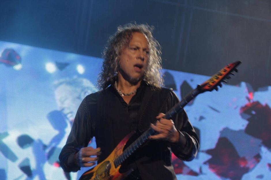 Kirk Hamlet dio una cátedra con su guitarra. (Foto: Fredy Hernández/Soy502)