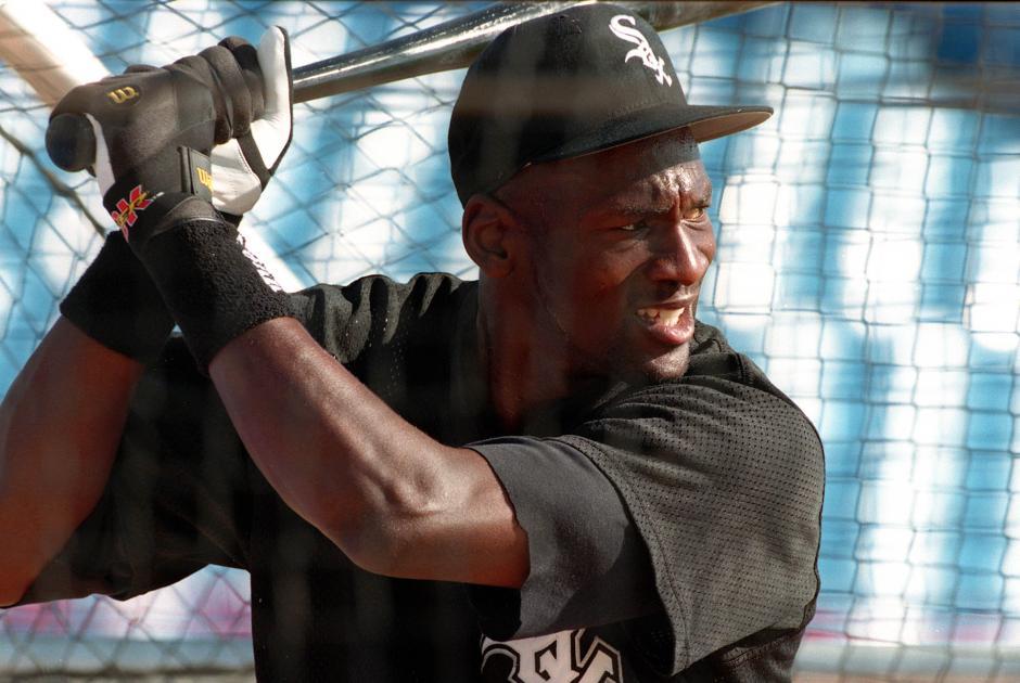 En un momento de su carrera, Jordan jugó béisbol. Lo hizo para los Barons de Birmingham y luego para los Chicago Withe Sox. La cosa terminó mal.