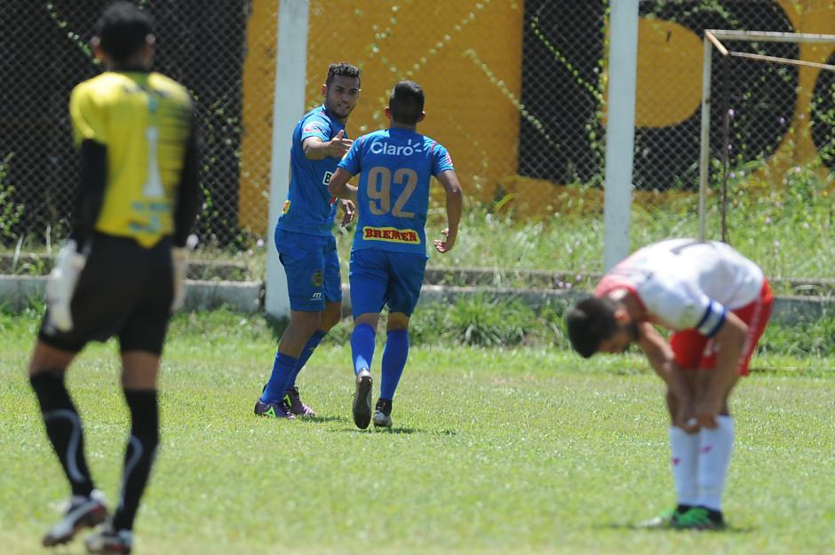 Danilo Guerra es el goleador de los escarlatas en el torneo. (Foto: Sergio Muñoz/Nuestro Diario(