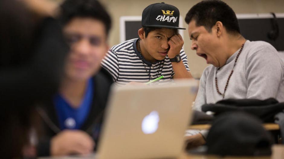 Gaspar Marcos de 18 años, es un migrante guatemalteco que lucha por sobresalir en Los Ángeles, EE.UU. (Foto: www.latimes.com)